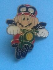 PIN´S - MARIO BROS WITH MOTORCYCLE - NINTENDO - MARIO BROS EN MOTO- PIN  (E435)