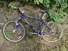 Trek Singletrack 930 Mountain Bike