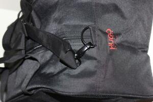 Hugo Boss Sporttasche schwarz Tasche 51 x 25 x 25 cm NEU