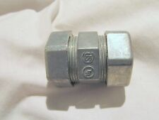 "3/4"" EMT COMPRESSION TYPE COUPLING CONDUIT FITTING, 3/4 inch"