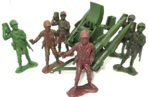 MARX ? - LARGER ARMY FIGURES WITH ROCKET LAUNCHER - 1960'S  RARE