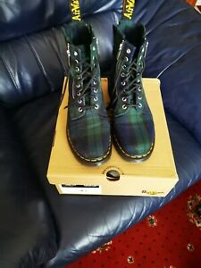Dr Martens boots size 8