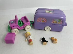 1996 Polly Pocket Bluebird Pet Surgery On-The-Go - COMPLETE
