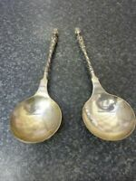 ANTIQUE 1889 PAIR OF JOHN ALDWINCKLE & THOMAS SLATER ORNATE HM SILVER SPOONS VGC