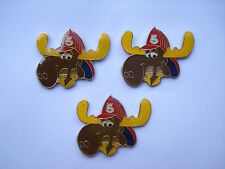 VINTAGE ROCKY & BULLWINKLE COMIC FIREMAN HAT USA US CARTOON PIN BADGE SALE 99p