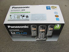 Brand New Panasonic KX-TG4223B Digital Cordless Answering System with 3 Handsets