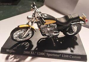 Miniature moto Maisto ech 1/43 Harley davidson 2000 XL 1200C Sportster 1200...