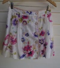 Review Women's Short White Pink Purple Floral Skirt with Buttons on Front - Sz 8