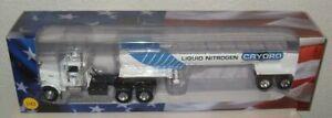 Truck FREIGHTLINER FL C 120 64 T  1:43 New in Box diecast model terminator