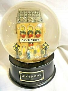 "Limited Edition Givenchy Snow globe ""Winter in Paris"" Vintage 1999"
