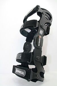 Knee Brace Breg Fusion Size M + (35) Right Knee Brace Size M