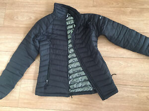 Columbia XS Thermal Puffer Jacket Womens