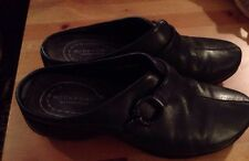 Rockport Women's Size 7 M Waterproof Black Slides (S10)