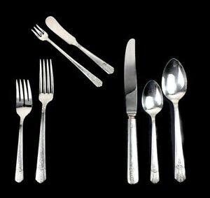 Oneida Wm A Rogers A1 Plus EVERLASTING 8 place settings 60 pc. Silver Plate 1949