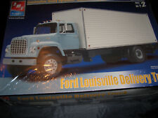 AMT FORD LOUISVILLE DELIVERY TRUCK Model1/25 Scale