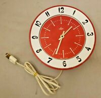 Vintage LUX Atomic Retro Wall Clock 5171 MCM *WORKS* *VERY RARE RED COLOR*