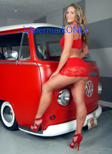 "SUPER HOT ""Lingerie"" Car Babe Model & VW Bus ""Pin-UP"" PHOTO! #(182b)"