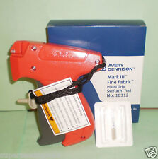 Avery Dennison Fine Clothing Tagging Tagger Tag Gun Model #10312 Gun Only