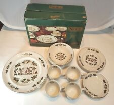 Wood & Sons of England Noel Fine Chine 4 Place Settings 20 Piece Set in Box