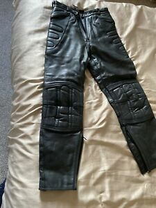 Womens / Ladies Black Leather Motorcycle / Motorbike Biker Trousers Size 12