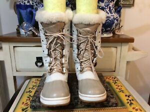 Sorel Tofino II Lux Boots  NL 3505-257  lace up waterproof  Size US 6