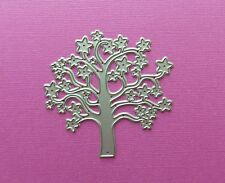 Die cutting - matrice de coupe - arbre etoile - swirly tree with stars