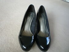 womens footwear- patent leather shoes, stiletto, 71/2, black, M&S, exc condition