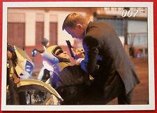 JAMES BOND - Quantum of Solace - Card #053 - Mathis Lies Unconscious