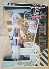 Monster High Doll Abbey Bominable With Pet Shiver First 1st Wave 2011 NIB