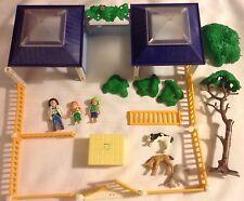 Playmobil Set 4344 Animal Nursery Clinic People Fence 1st Aid Vet