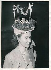 MODE c. 1950 - Création Chapeau Couture   DIV 4849