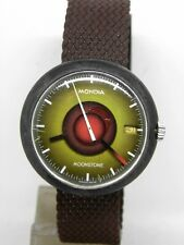 montre ZENITH MONDIA MOONSTONE vers 1970