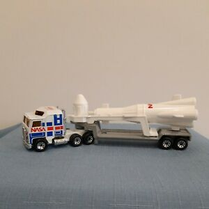 Matchbox Convoy Kenworth NASA Rocket Transporter