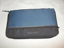 CASE LOGIC ZIPPERED POUCH COMPACT DISC STORAGE CASE - HOLDS 24 CD'S