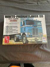 amt white freightliner sd cab over truck kit