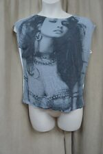 Guess Top Sz M True White Black Graphic Tee Cap Sleeve Low Back Casual Top