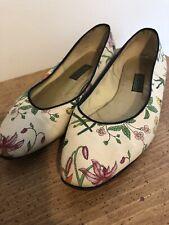 Gucci Floral Ballet Flats Floral Size 8.5 Slip On Shoes