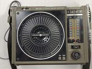 Vintage General Electric AM-FM Model 3-5507B 8 Track Tape Player Radio Boom Box