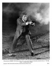 Robert Mitchum fires gun as Philip Marlowe The Big Sleep original 8x10 photo