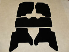 Nissan Pathfinder 2005-on Tailored Car mats Black/Blk trim.
