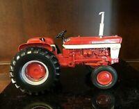 Ertl International 460 Utility 1/16 Diecast Farm Tractor  EARLY PRODUCTION-7273