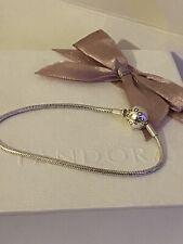 Pandora  Essence bracelet With Pandora Pouch