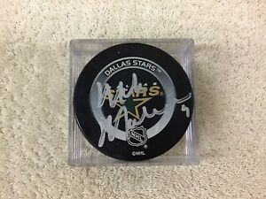 Autographed USA Great Mike Modano #9 SIGNED Dallas Stars Official Game PUCK NHL