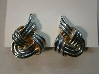 Quality Statement Retro Clip-On Earrings Knot Ribbon Shape Gold Tone Vintage