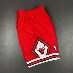 100% Authentic Chicago Bulls Mitchell & Ness 97 98 Swingman Shorts Size 2XL 52