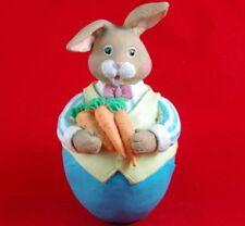 "Vtg 1992 Wangs International Heavy 5.5"" Easter Bunny Rabbit Figurine w/ Carrots"
