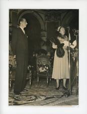 Paris,1950, La Reine Juliana de Hollande et Pierre De Gaulle, à l'Hôtel de