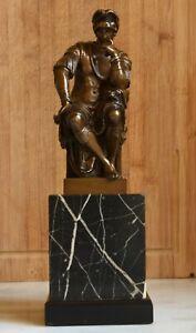 Sublime statue en bronze sur marbre Laurent (Lorenzo) De Médicis de Michel-Ange