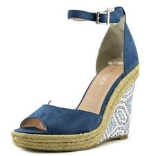 Sandali e scarpe blu di Charles by Charles David per il mare da donna