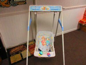 Vintage Graco Model # C-1105CB Swyngomatic Baby Swing